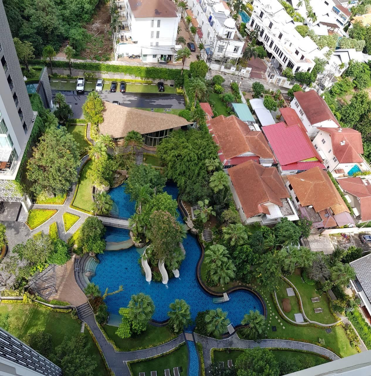 Riviera Wongamat Condo (North Pattaya Naklua) Sea View